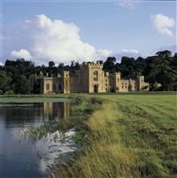 Hampton Court Castle & Gardens (Nr Leominster)