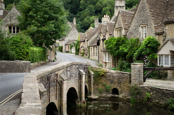16 Cotswold Village Tour stopping at Cirencester