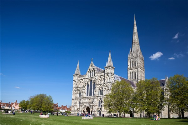 Salisbury (Cathedral, Shops & Sights)