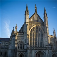 Winchester (Cathedral, museums, shops & sights)